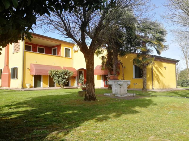 Casa Indipendente arredato in vendita Rif. 6607376