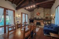 Caionvico splendida villa singola su lotto di 900 mq, molto curata, con porticato....