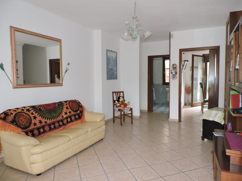 Appartamento in ottime condizioni in vendita Rif. 6785390