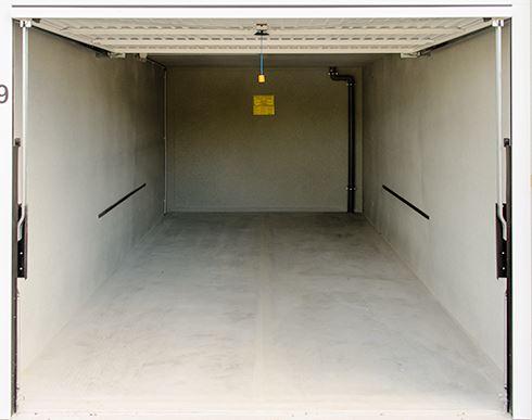 Box e posti auto in buone condizioni in vendita Rif. 6851835