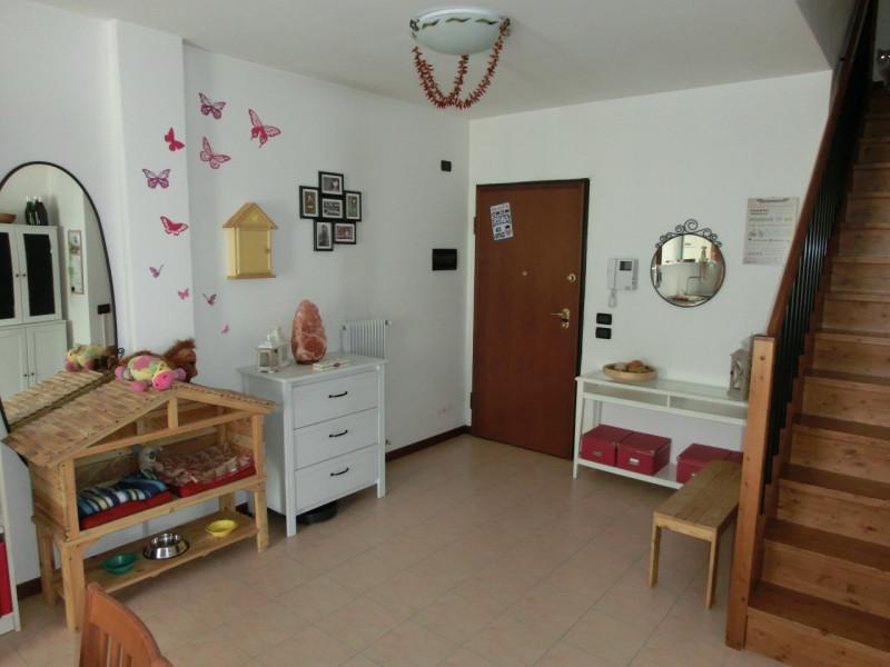 Appartamento in affitto a Santa Maria di Sala, 9999 locali, prezzo € 550   CambioCasa.it