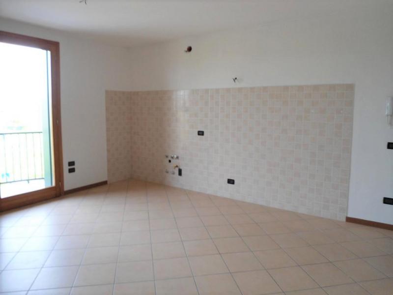 Appartamento in vendita a Cervarese Santa Croce, 4 locali, zona Località: Fossona, prezzo € 150.000 | CambioCasa.it