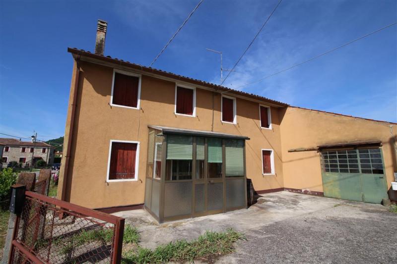 Villa in vendita a Vo, 4 locali, zona Località: Vò, prezzo € 109.000 | CambioCasa.it