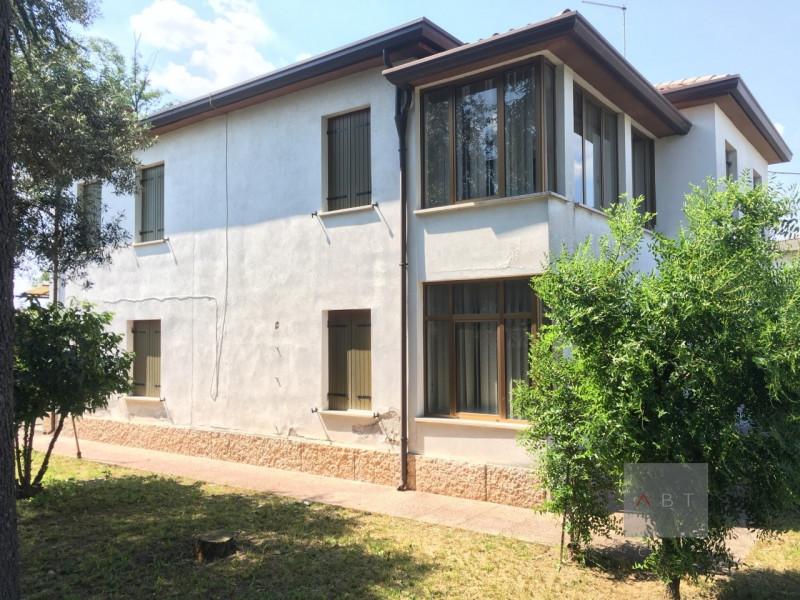 Casa Indipendente da ristrutturare in vendita Rif. 7039410