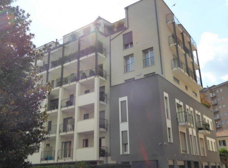 Appartamento in affitto a Como, 1 locali, zona Località: Borghi, prezzo € 950 | CambioCasa.it