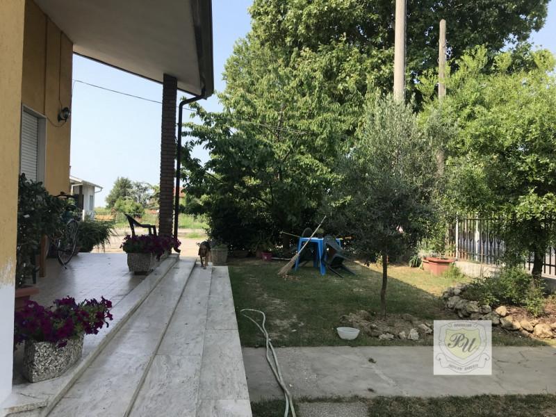 Casa Indipendente in buone condizioni in vendita Rif. 7160157