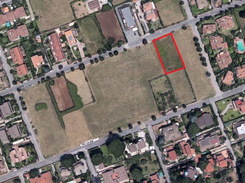 Terreno in buone condizioni in vendita Rif. 11673641
