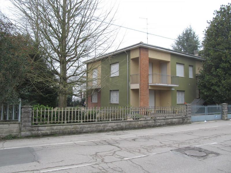 Villa in affitto a Medolla, 6 locali, zona Località: Medolla, prezzo € 700   CambioCasa.it