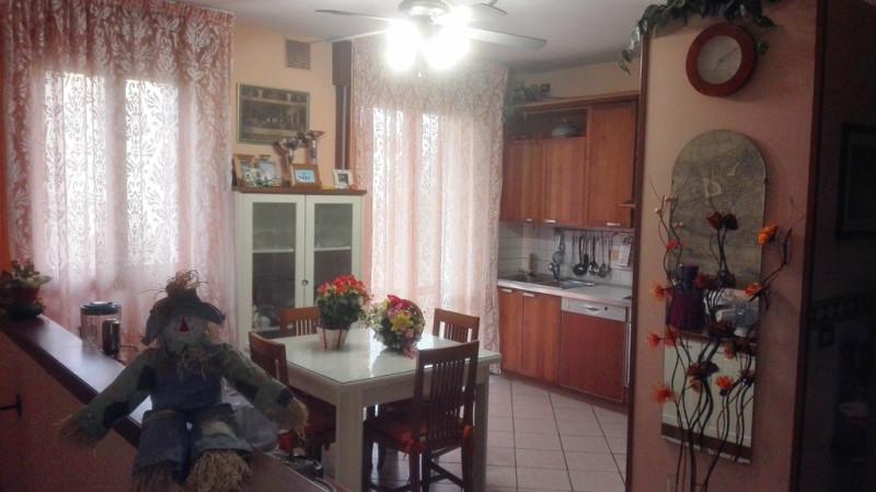 Appartamento in vendita a Saccolongo, 4 locali, prezzo € 115.000 | CambioCasa.it