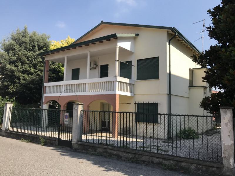 Casa Indipendente in vendita Rif. 7420326