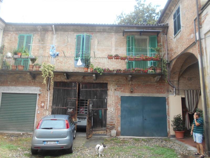 Appartamento in buone condizioni in vendita Rif. 7459881