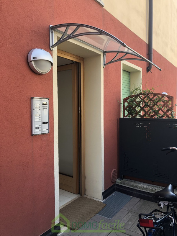 MINI APPARTAMENTO CON GIARDINO E GARAGE - https://media.gestionaleimmobiliare.it/foto/annunci/180803/1828902/800x800/009__bilocalevicenza18.jpg