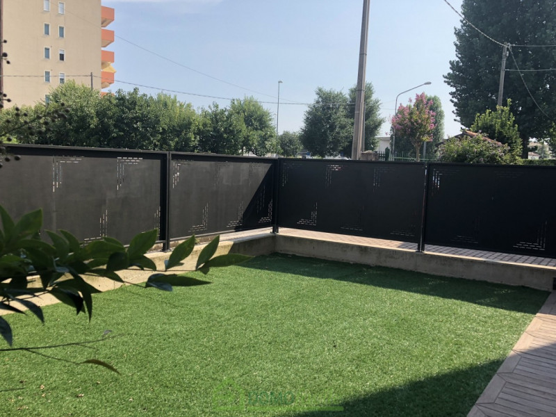 MINI APPARTAMENTO CON GIARDINO E GARAGE - https://media.gestionaleimmobiliare.it/foto/annunci/180803/1828902/800x800/010__bilocalevicenza01.jpg