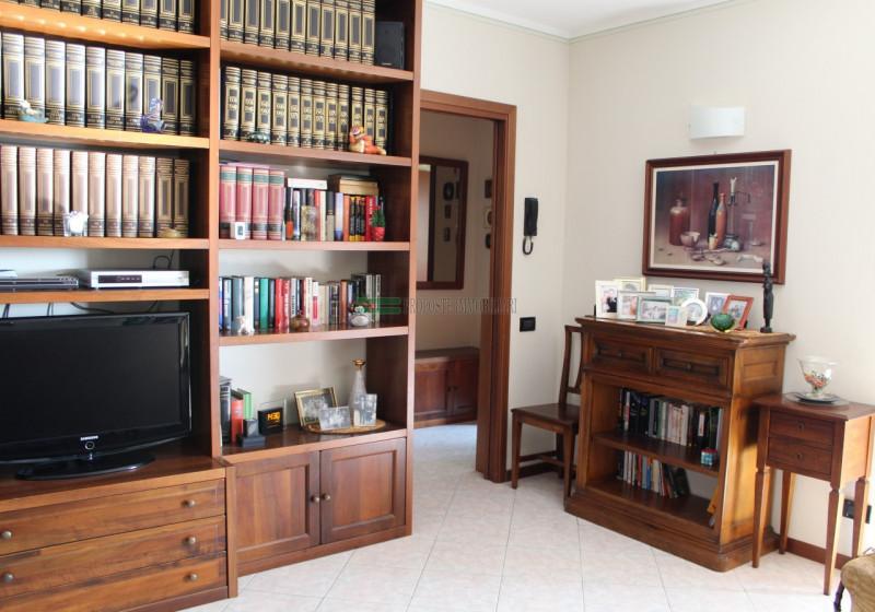 APPARTAMENTO TRILOCALE RODENGO SAIANO | 009__appartamento15.jpg