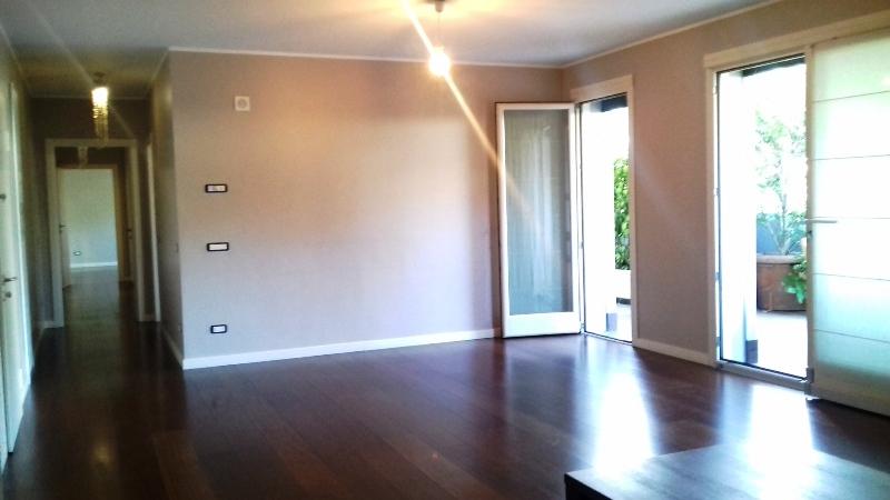 Appartamento in affitto a Como, 4 locali, zona Località: Borghi, Trattative riservate | CambioCasa.it