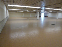capannone commerciale 1250 mq + 250 magazzino - VILLORBA (TV)