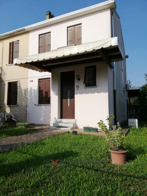 Villa Bifamiliare in affitto a Cona, 3 locali, zona Zona: Pegolotte, prezzo € 400 | CambioCasa.it