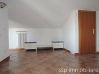 appartamento in vendita San Pietro In Cariano foto 006__dscn7625.jpg