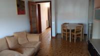 Appartamento due letto con garage e giardino