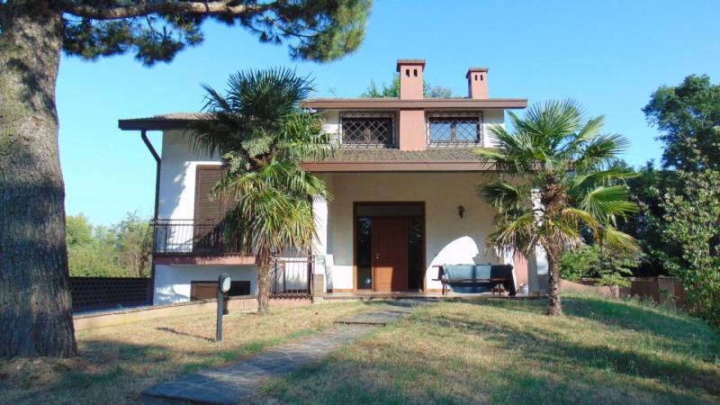 Villa in vendita a Turbigo, 8 locali, zona Località: Turbigo, prezzo € 350.000 | CambioCasa.it