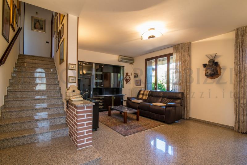 Appartamento in ottime condizioni in vendita Rif. 8959750
