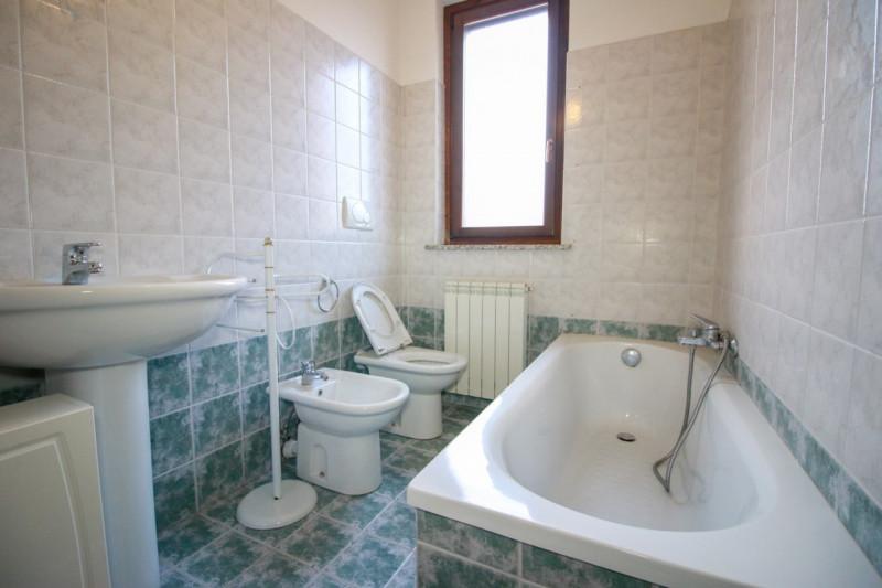 Appartamento in vendita a Bosconero, 3 locali, zona Località: Bosconero, prezzo € 112.000 | CambioCasa.it