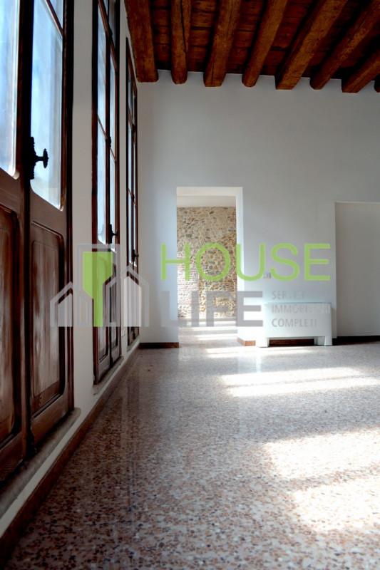 Ufficio / Studio in affitto a Schio, 2 locali, zona Località: Schio - Centro, prezzo € 1.100 | CambioCasa.it