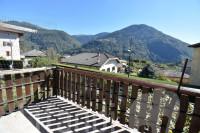 Pergine Valsugana, via Terabi: Casa singola con giardino in zona tranquilla