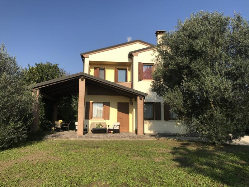 Casa Indipendente in discrete condizioni in vendita Rif. 8238795