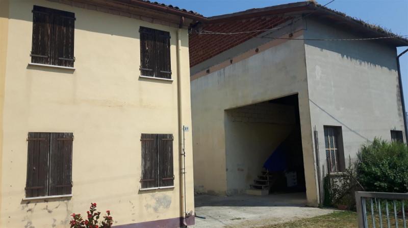 Rustico / Casale da ristrutturare in vendita Rif. 8687718
