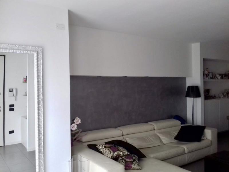 Duplex in ottime condizioni arredato in vendita Rif. 8572469