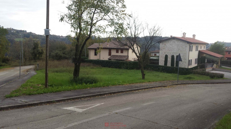 Terreno Edificabile Residenziale in vendita a Gambugliano, 9999 locali, zona Zona: Monte San Lorenzo, prezzo € 75.000 | CambioCasa.it