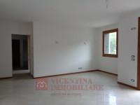 appartamento in vendita Montecchio Maggiore foto 002__dsc01178.jpg