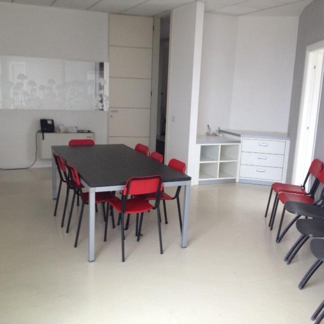 Luminoso e spazioso ufficio a Castello di Godego