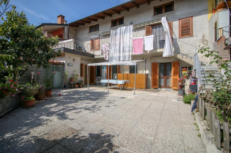 Appartamento in vendita a Bosconero, 4 locali, zona Località: Bosconero - Centro, prezzo € 149.000 | CambioCasa.it