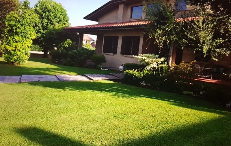 Villa ristrutturato arredato in vendita Rif. 8801575
