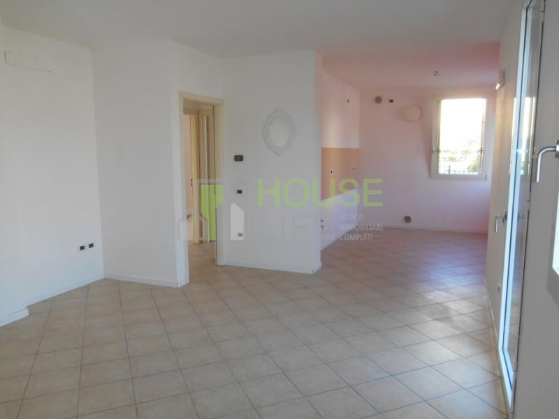 Appartamento in affitto a San Vito di Leguzzano, 3 locali, zona Località: San Vito di Leguzzano, prezzo € 470 | CambioCasa.it