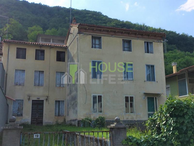 Appartamento da ristrutturare in vendita Rif. 8843989