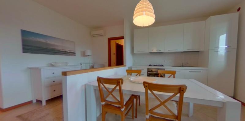 Appartamento in ottime condizioni arredato in affitto Rif. 8893698