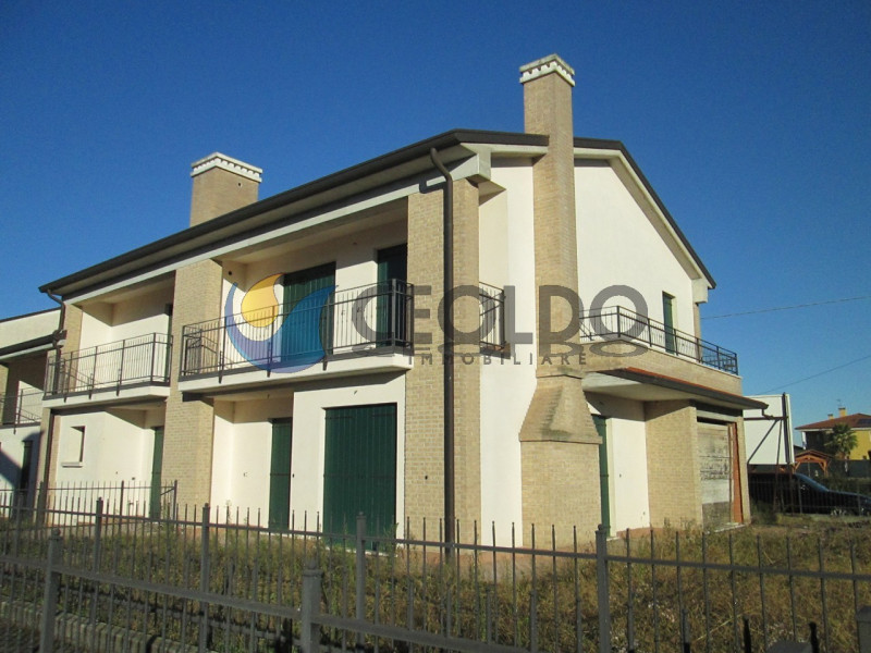 Appartamento in vendita Rif. 8893710