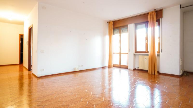 Ufficio / Studio in affitto a Verona, 5 locali, zona Località: Zai, prezzo € 650   CambioCasa.it