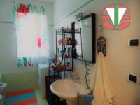 appartamento in vendita Villa del Conte foto 012__bagno_villa_del_conte.jpg