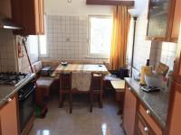 Via Sassari, quadrilocale ampio ed interno