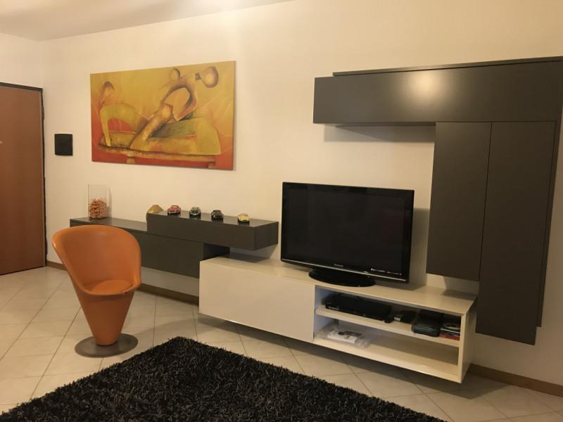Appartamento in ottime condizioni arredato in vendita Rif. 9044510