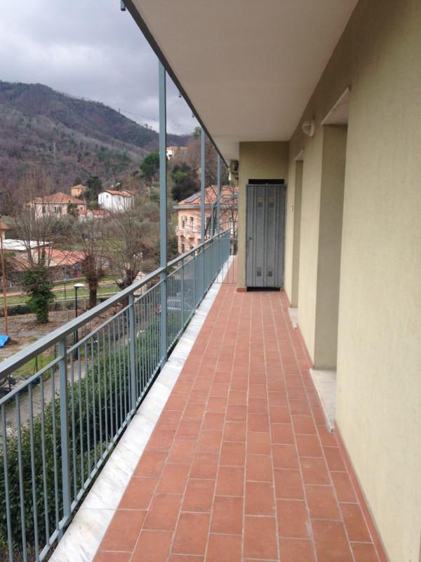 Appartamento in affitto a Savona, 4 locali, zona Zona: Santuario, prezzo € 500 | CambioCasa.it