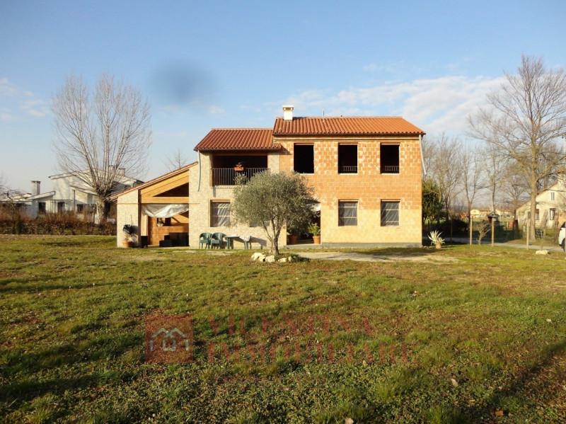 Rustico / Casale in Vendita a Montegaldella