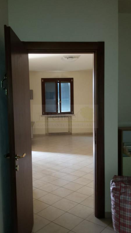CASTEL GOFFREDO: APPARTAMENTO DI PREGIO - https://media.gestionaleimmobiliare.it/foto/annunci/190117/1915651/800x800/012__photo-2019-01-17-18-06-02_wmk_0.jpg