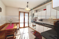 appartamento in vendita Tavarnelle Val di Pesa foto 003__sambuca_tavarnelle_vendesi_appartamento_giardino_04.jpg