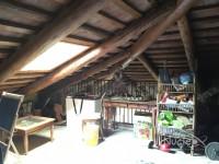 Battaglia Terme: Duplex con rifiniture rustiche