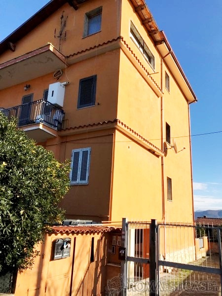 roma vendita quart: castelverde gribaldi immobiliare s.r.l.